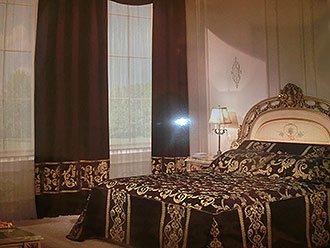 Шторы в спальню цена